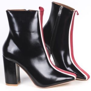Cape Robbin Middle Of The Road Ankle Black Booties